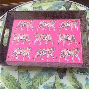 Tiger tray